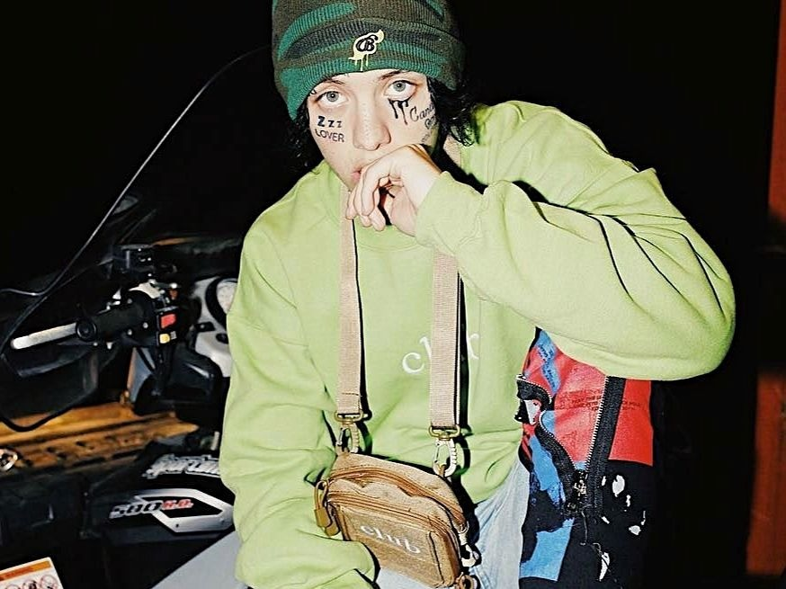 "Lil Xan Unleashes On A ""Broke Ass Bitch"" At Indiana Mall"