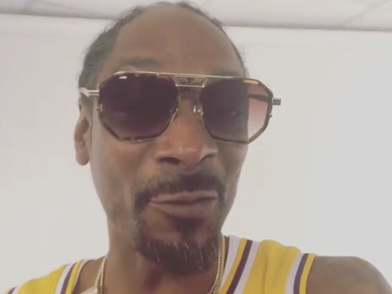 "Snoop Dogg Trolls Kanye West: ""Drake Put The Dick In Yo Bitch!"""
