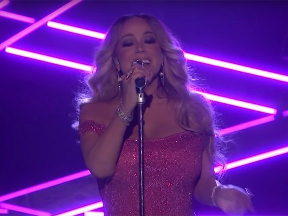"Mariah Carey & Ty Dolla $ign Perform ""The Distance"" On ""Fallon"""