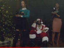 """Raz Simone - """"Santa Claus"""""""