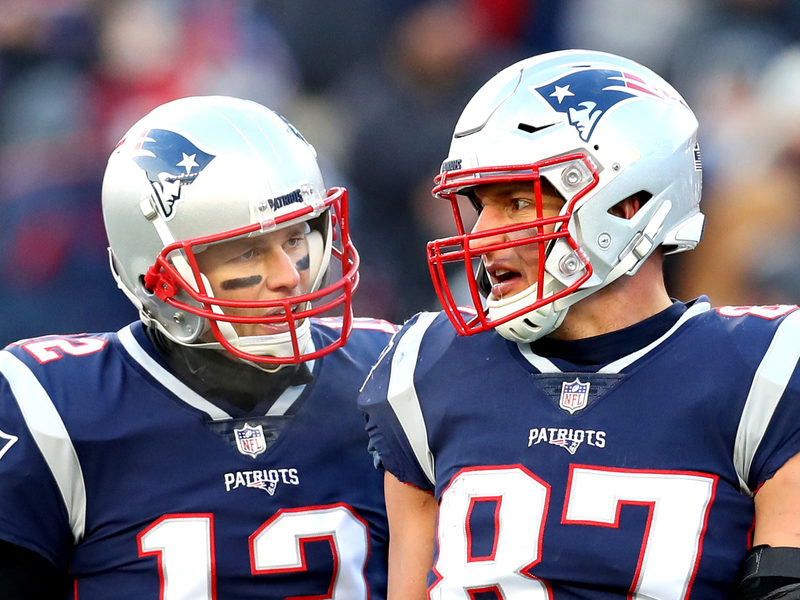 Tom Brady And Rob Gronkowski Celebrate the Super Bowl LII to Win With Music of Eminem