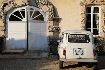 Affordable Wines of Burgundy, Domaine Chandon de Briailles, HiP Paris Blog, Photo by Casey Hatfield