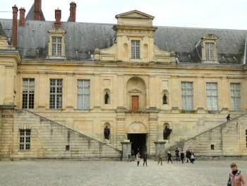 Featured Paris Day Trips, Palais de Fontainebleu Facade, Chateau visit
