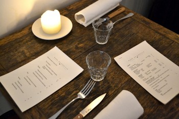 Reserve now at Gare au Gorille, a friendly neighborhood neo-bistrot in Paris' 17th arrondissement. Inventive and original cuisine at a good price.