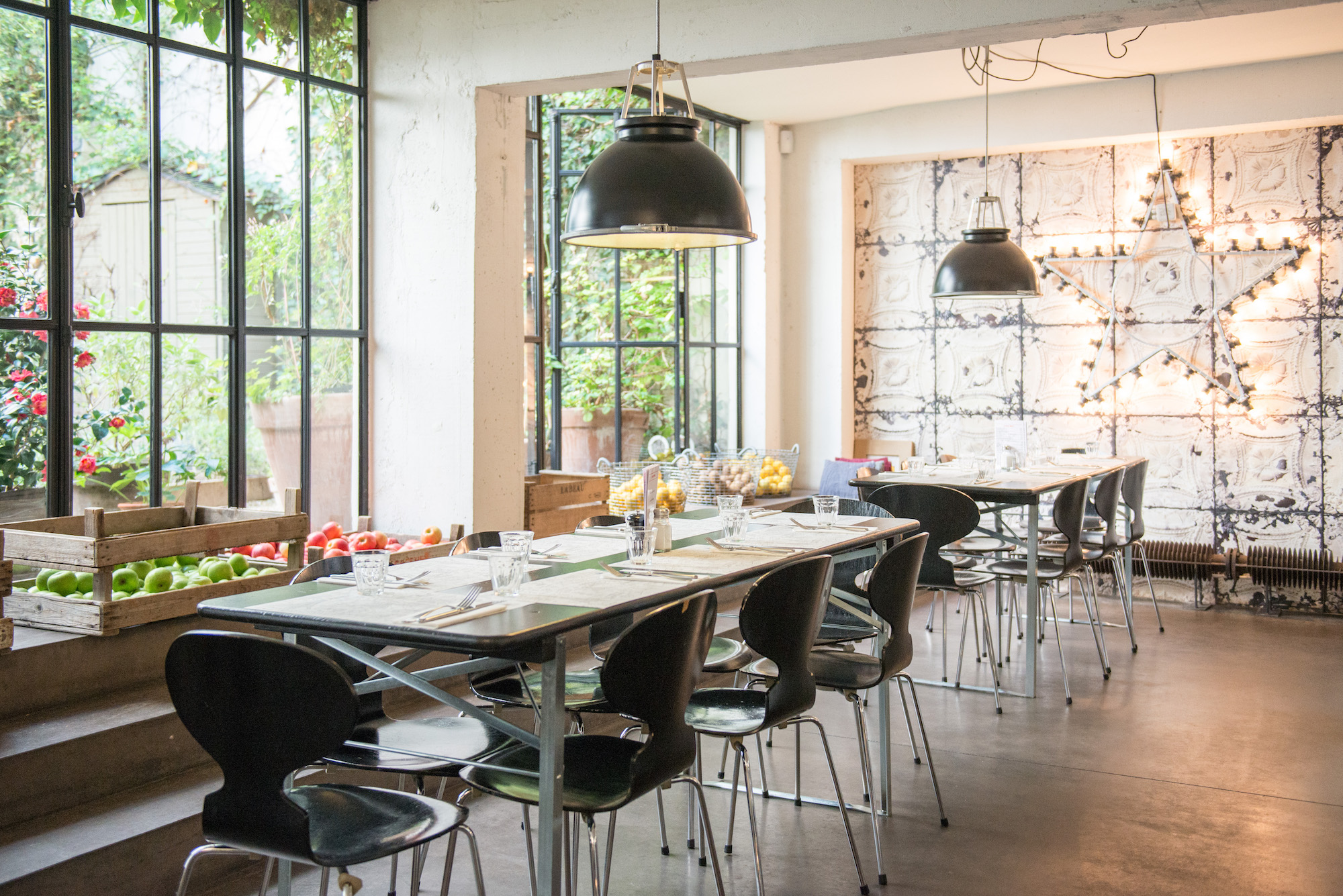 La cantine de merci lunch in paris 39 trendiest concept store hip paris blog hip paris blog - Boutique cuisine paris ...
