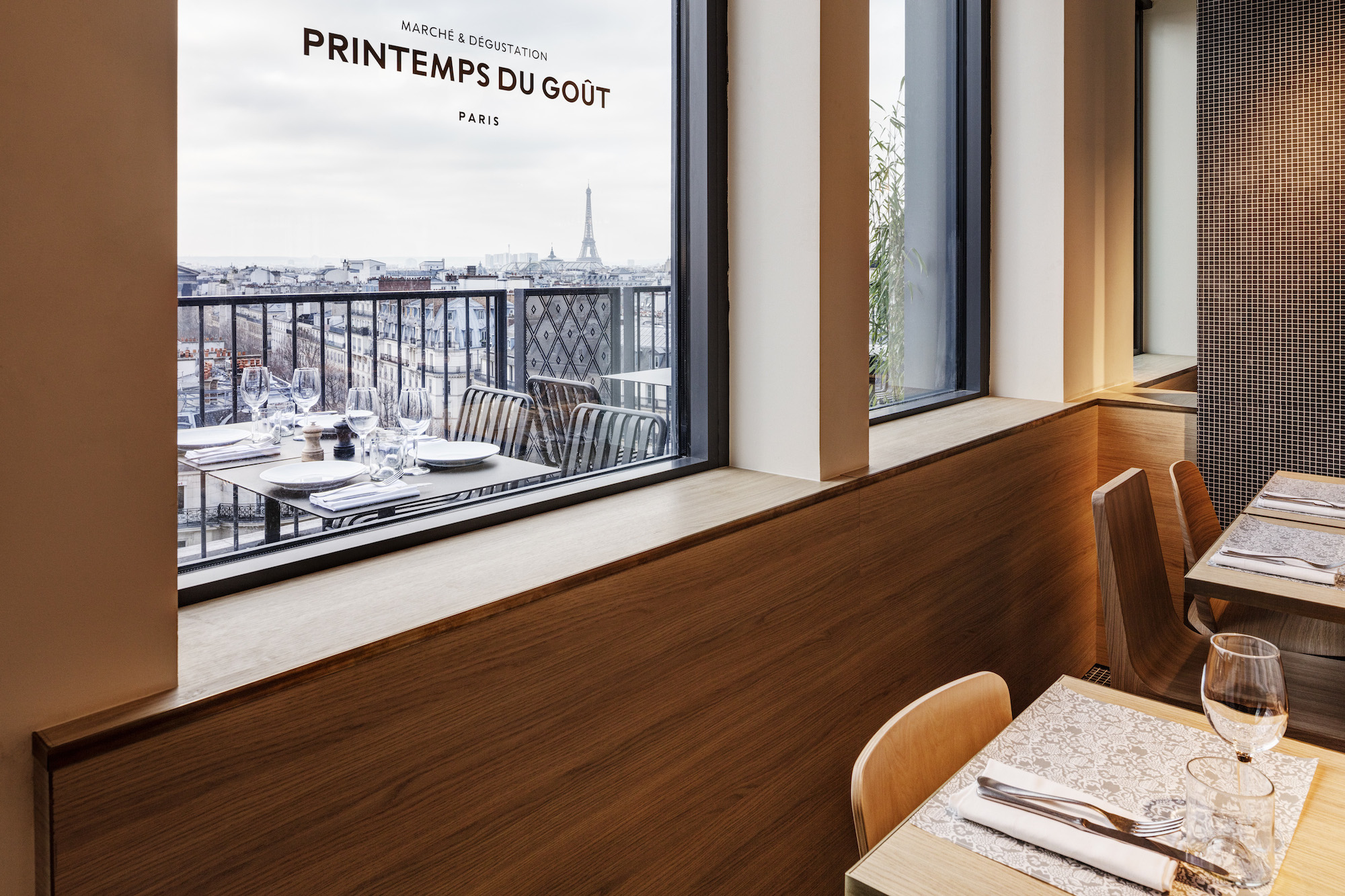 Foodie shopping destination in Paris, Pintemps du Goût has a rooftop terrace with Eiffel tower views.
