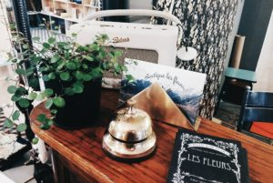 HiP Paris Blog checks out Les Fleurs