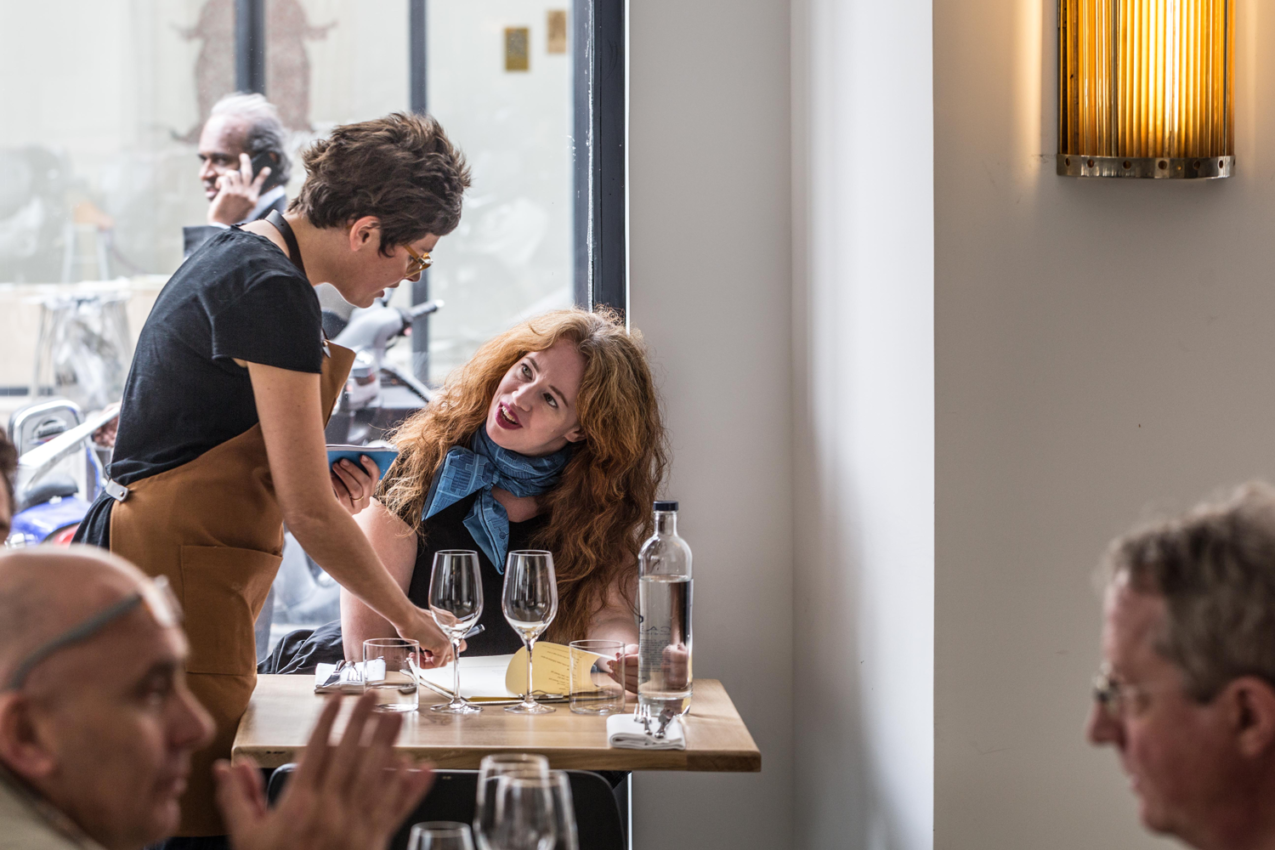 Passerini, one of the best Italian restaurants in Paris, is one of our favorites for the friendly service and great Italian classic food revisited.