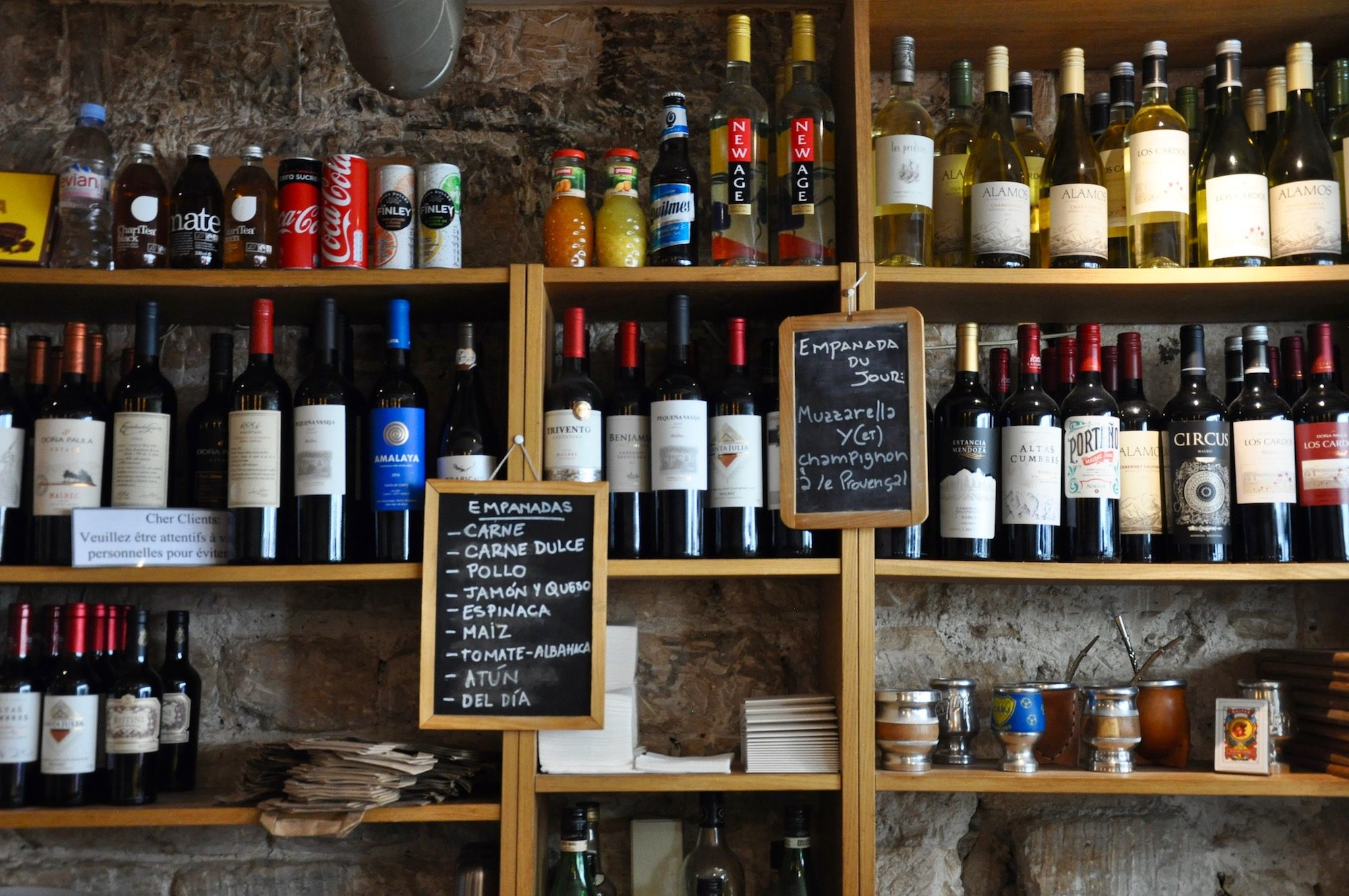 La Portena is one of HiP Paris Blog's favorite spots to drink wine in Paris's Montmartre and enjoy international cuisine.