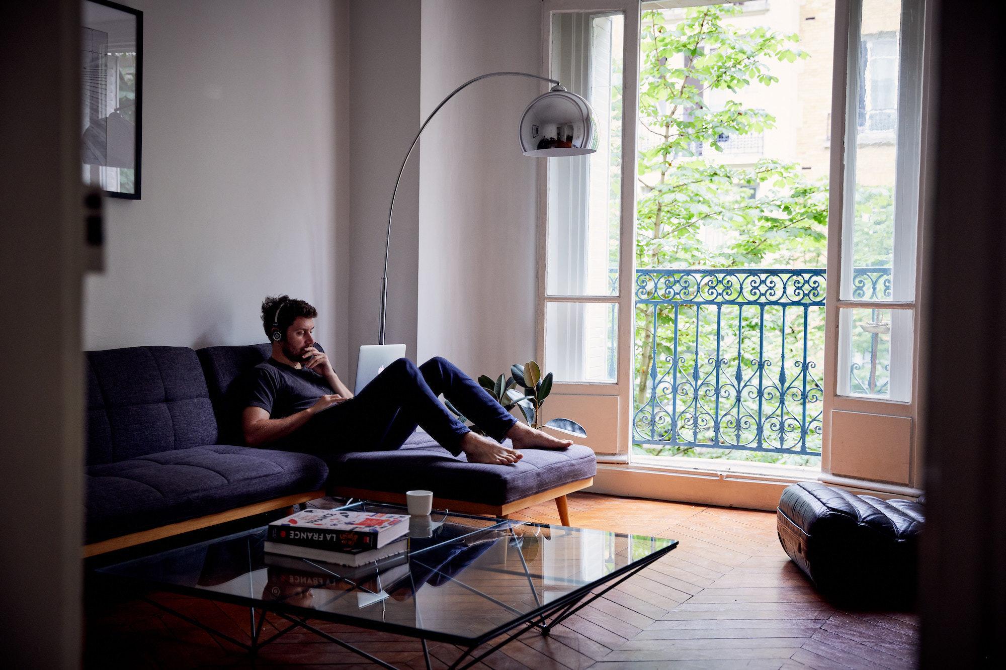 HiP Paris Blog explores living verse making a life in Paris