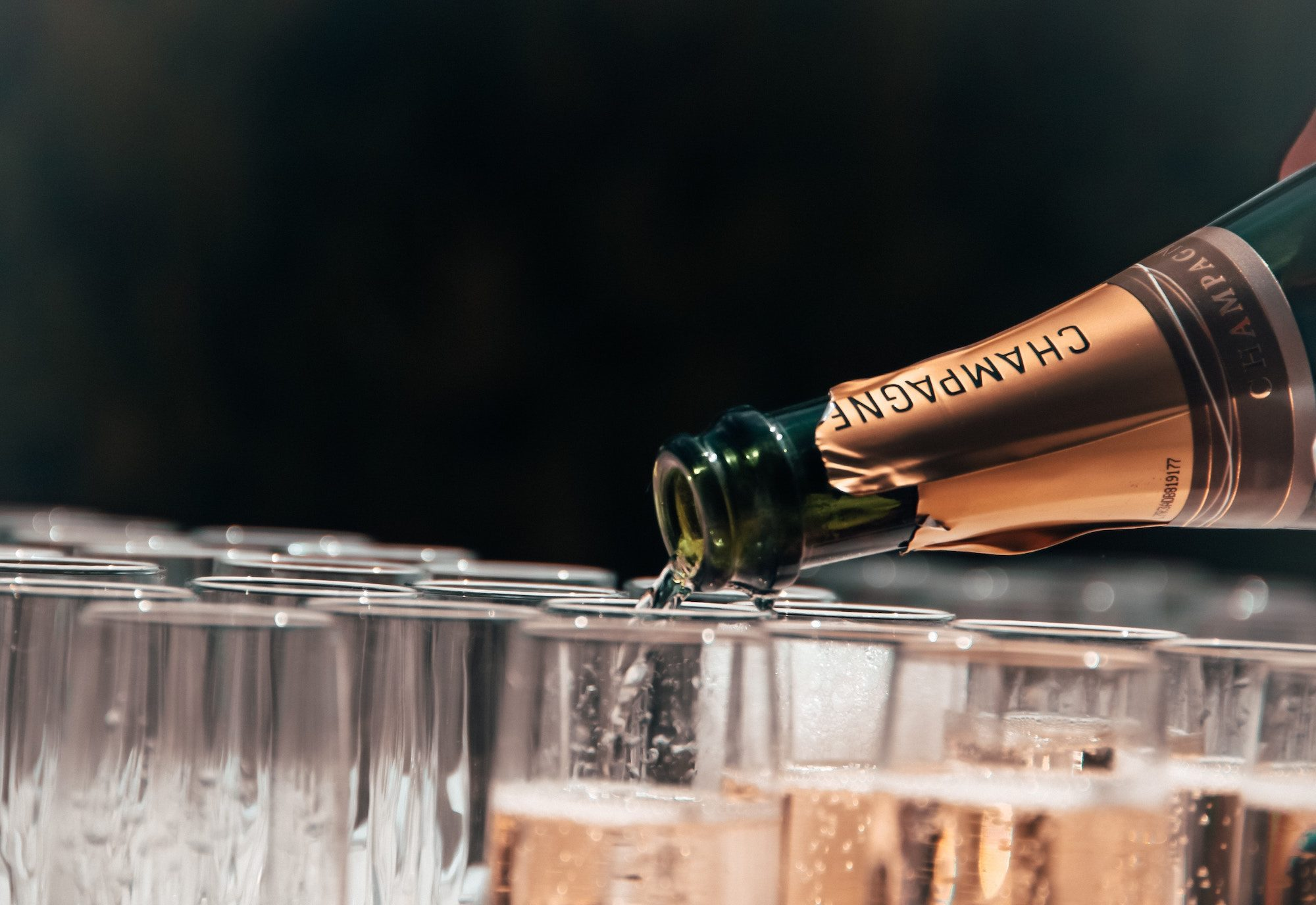 How to choose champagne for New Year's Eve by HiP Paris