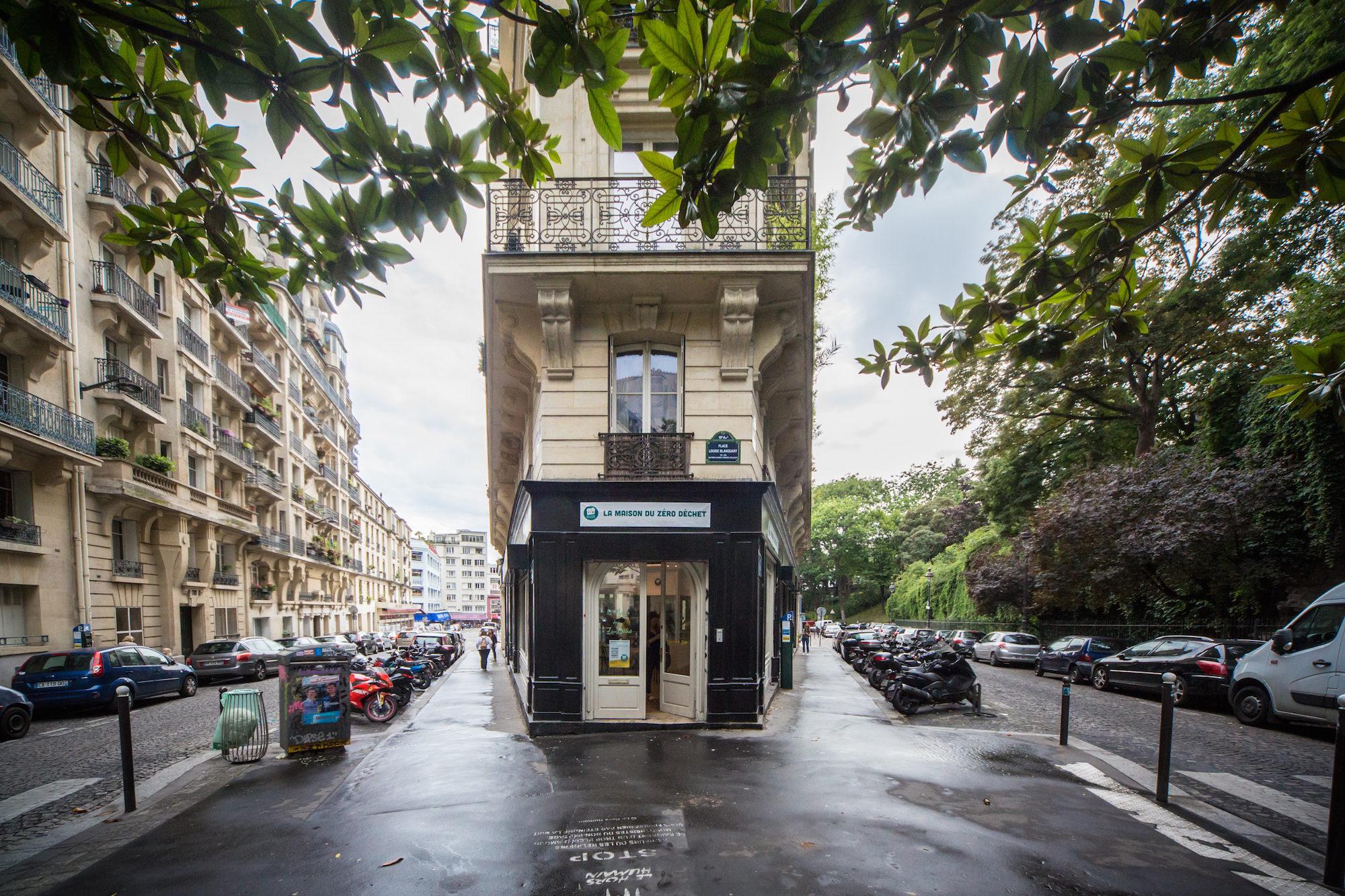 La Maison du Zéro Déchet, zero-waste store in Montmartre, Paris.