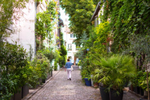 In the Villa Santos-Dumont neighborhood, located in Paris' 15th arrondissement, passerby will find an explosion of greenery on this street, loved by artists.