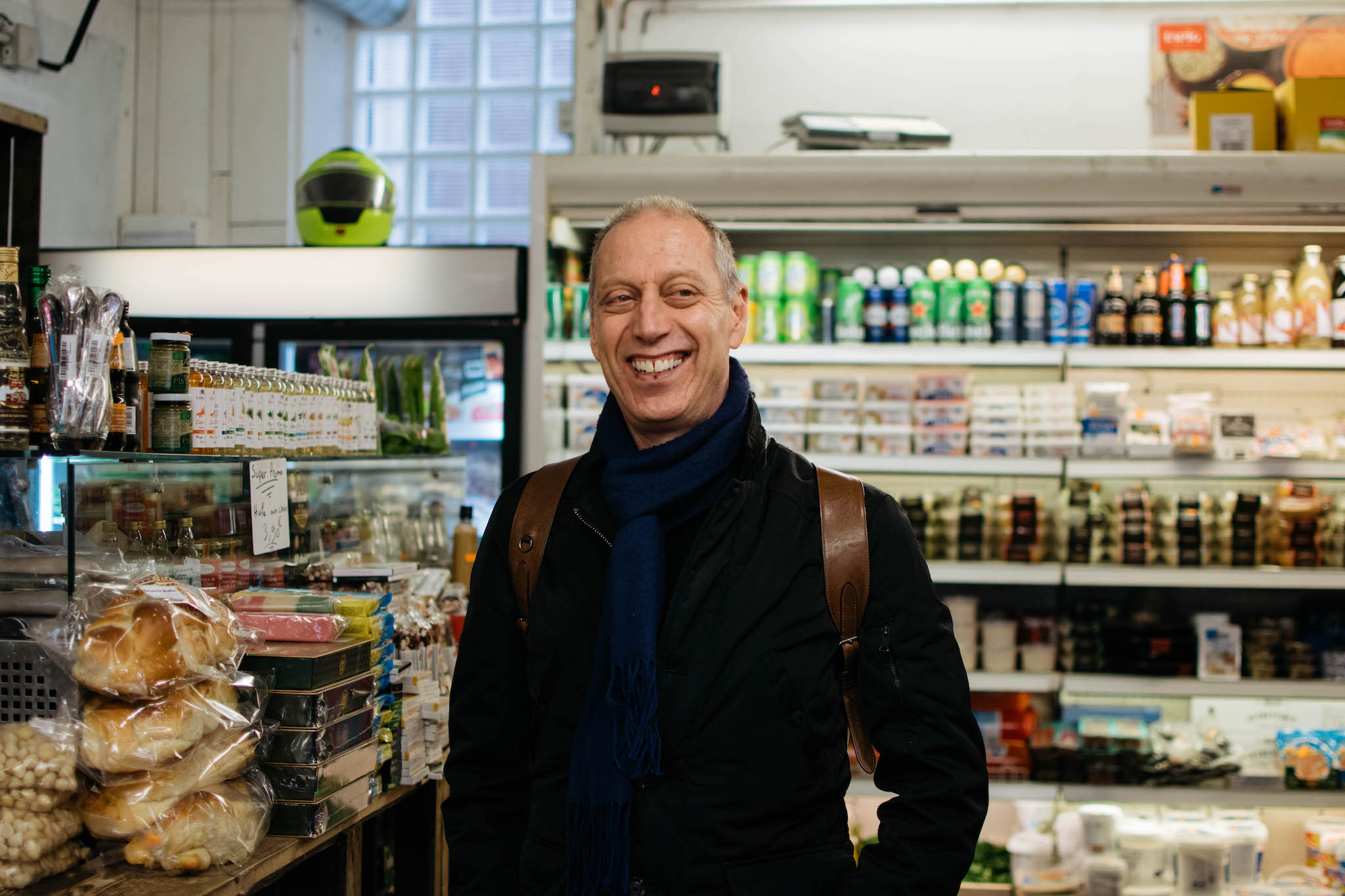 A portrait of chef and author David Lebovitz as he takes us around Paris on his perfect day.