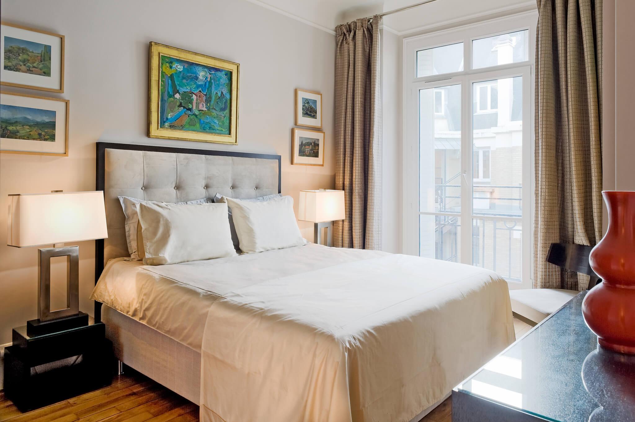 Paris Luxury Apartment Rental Unesco Chic Haven In
