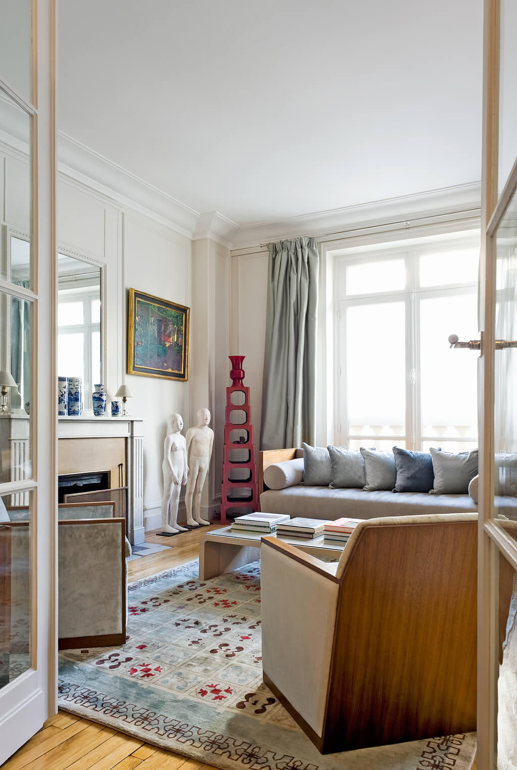 Paris Luxury Apartment Rental Unesco Chic Haven In