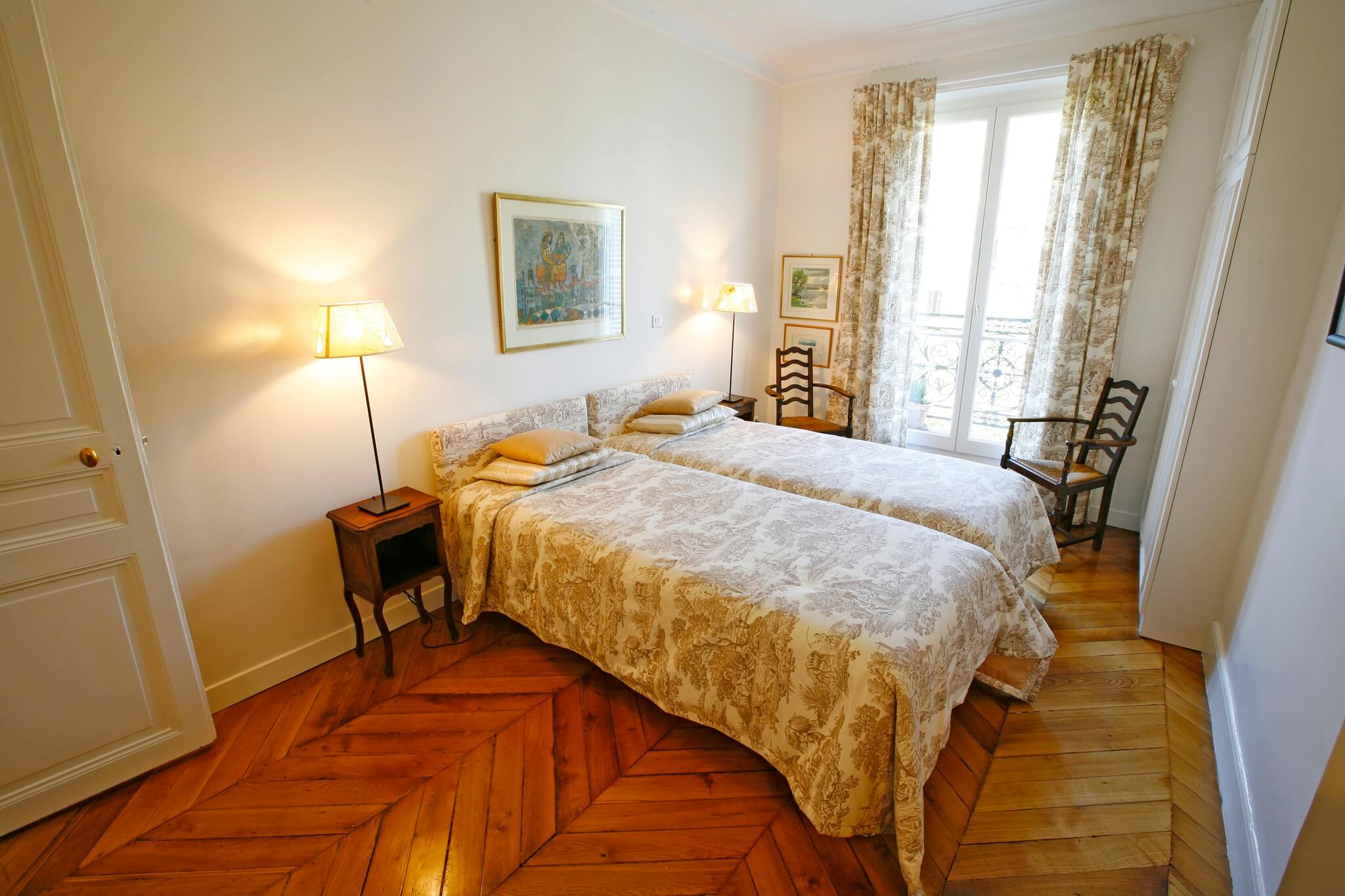 paris vacation apartment rental champs elysees haven in