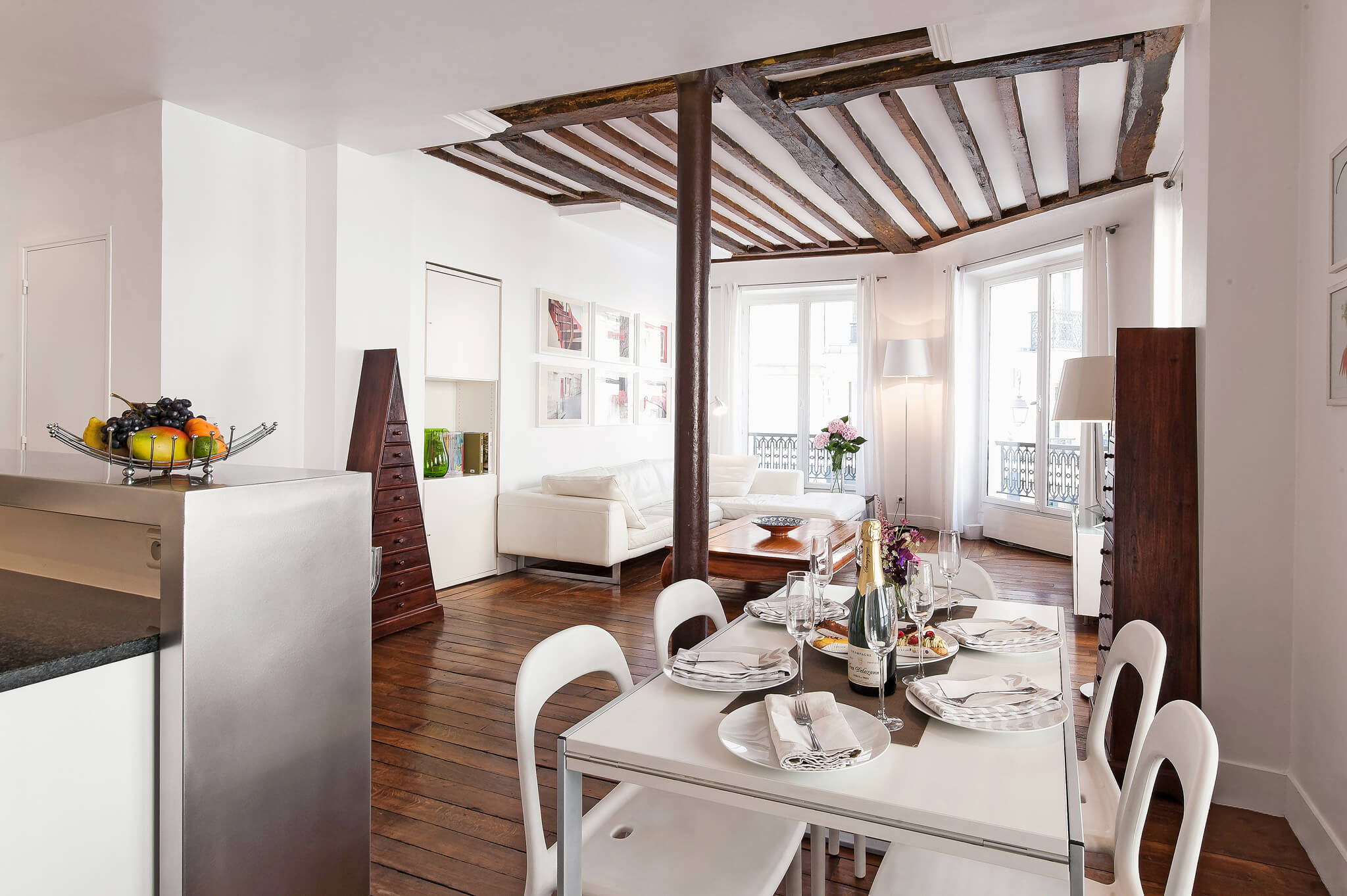 Paris Vacation Apartment Rental Rosiers