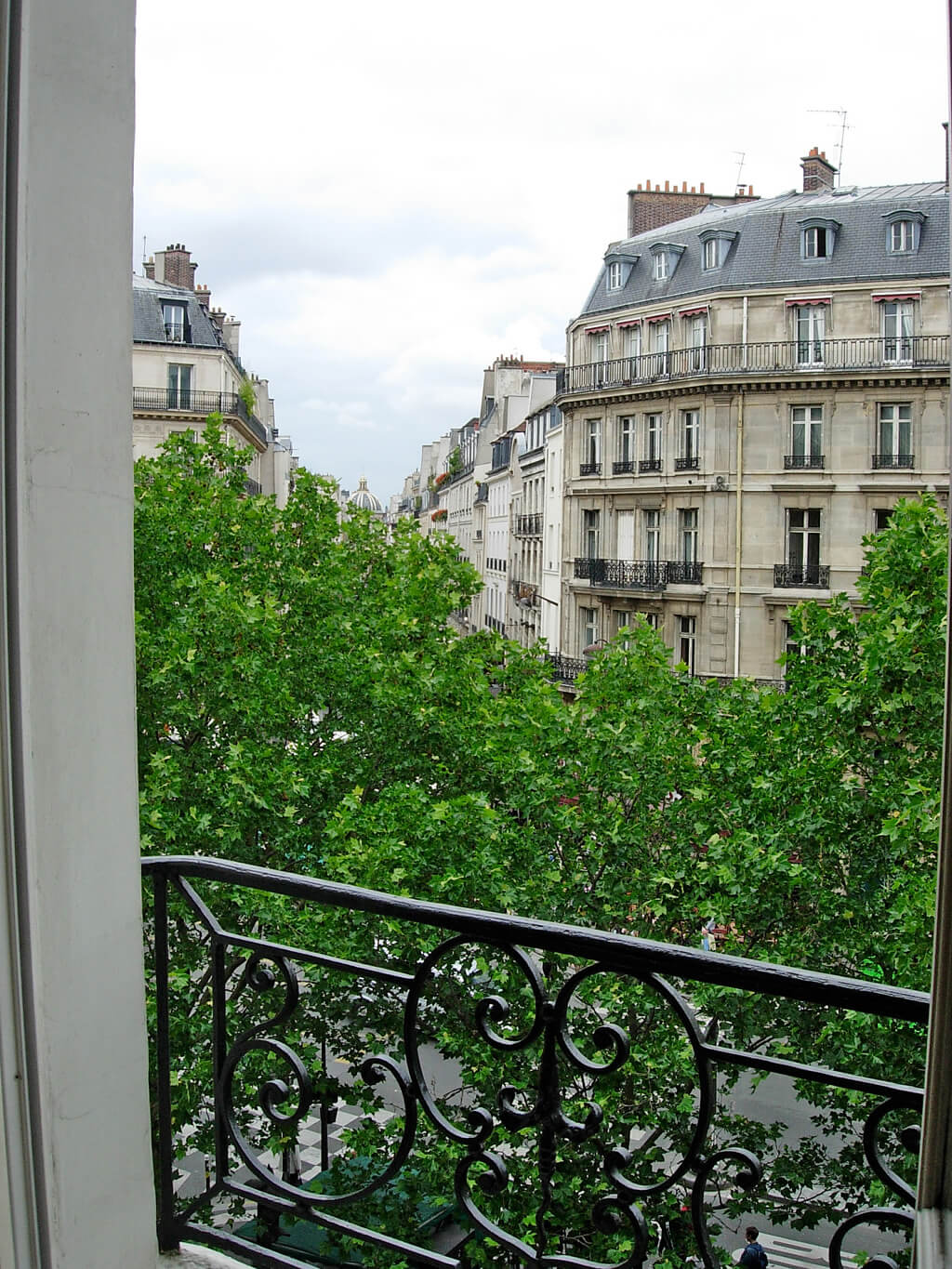 Paris luxury apartment rental st germain luxe haven in for All paris apartments