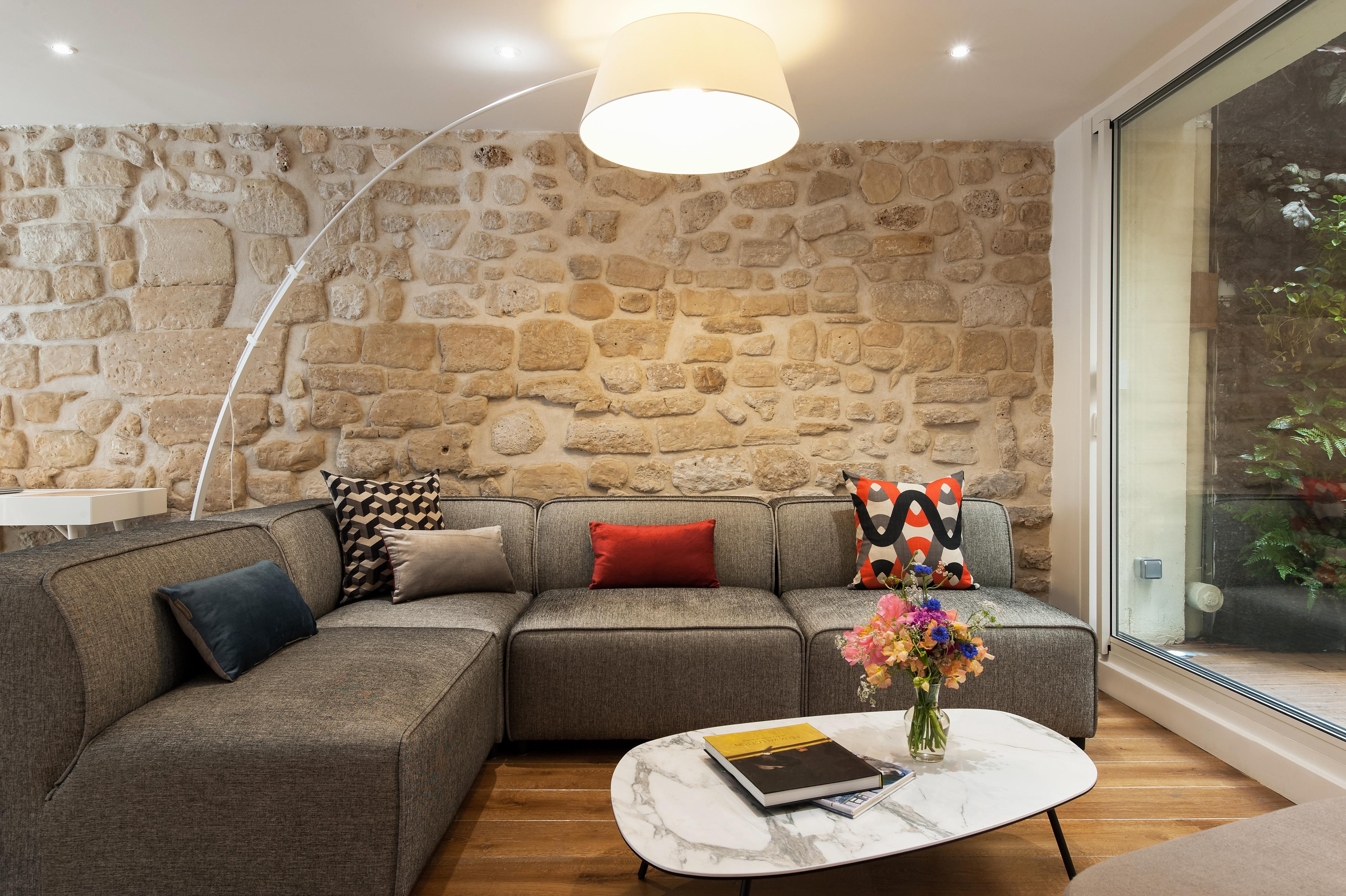 Paris Vacation Apartment Rental   Marais Garden Oasis   Haven in