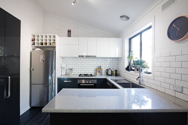 benchtop kitchen