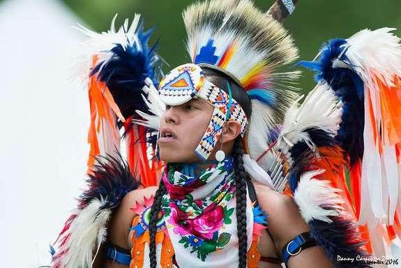 mohican-powwow