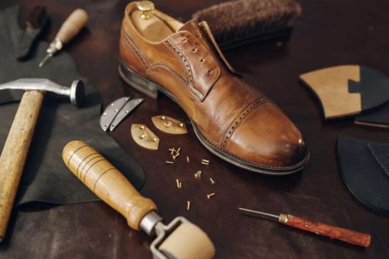 The Different Parts of a Handmade Shoe - SM