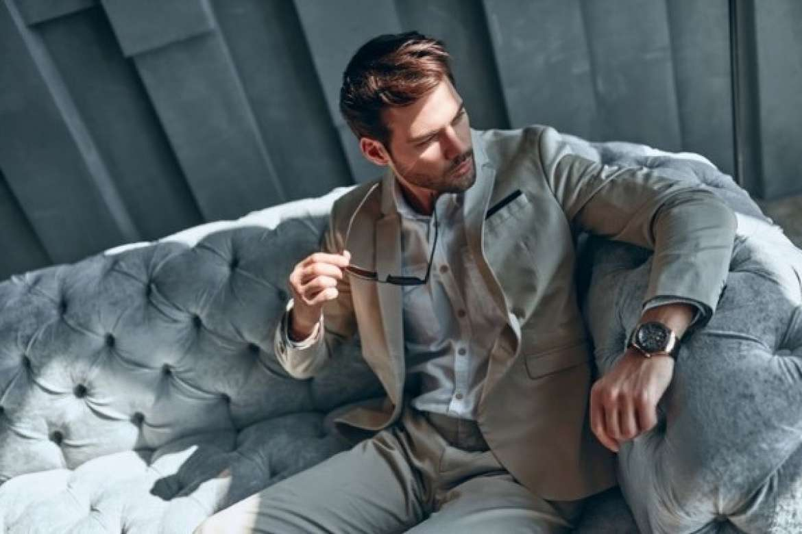 The History and Evolution of Mens Suits - XL