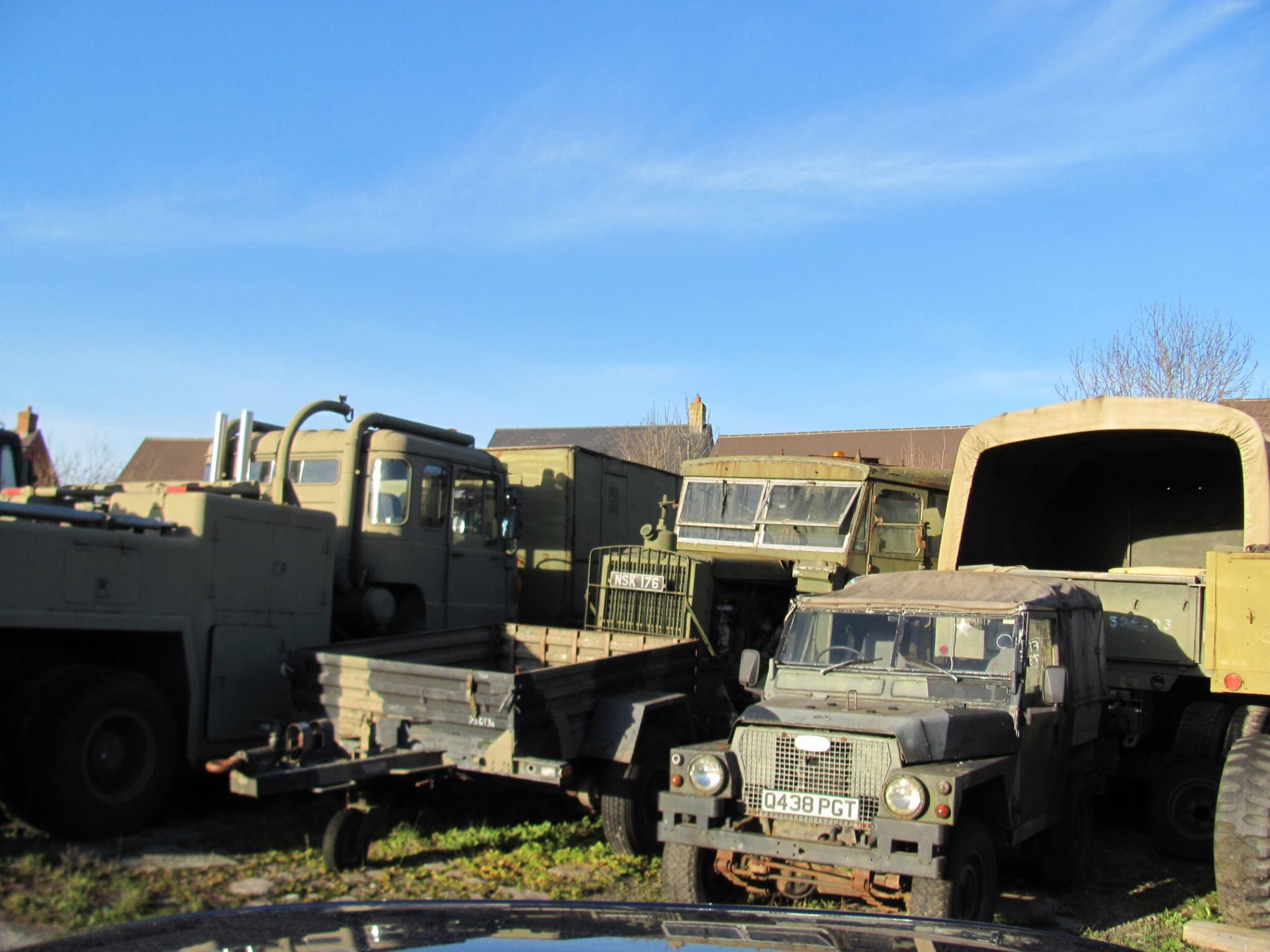 Auction of 30 years of collecting military vehicles - Heads Up: For