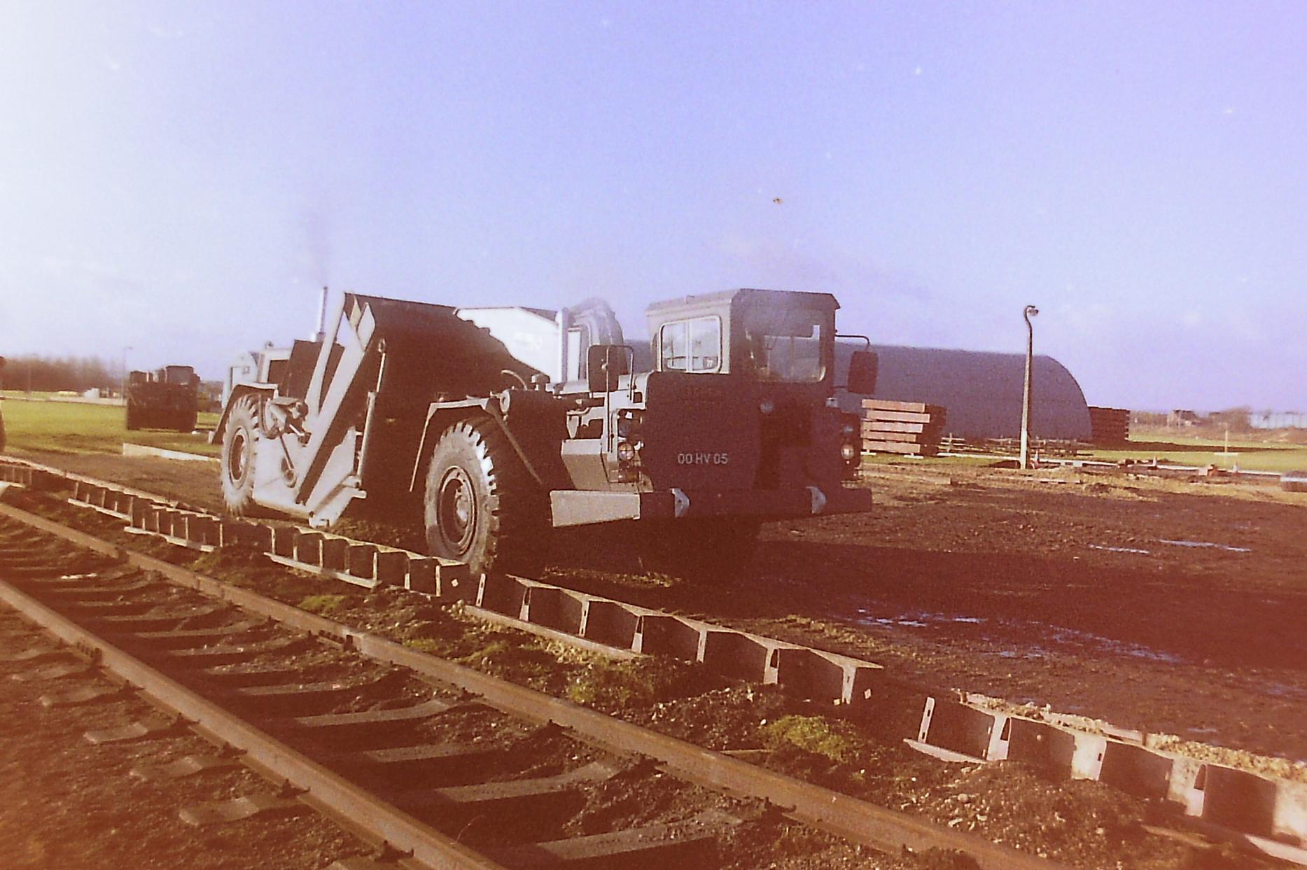 R E  plant Photos - Trailers, plant and equipment - HMVF - Historic