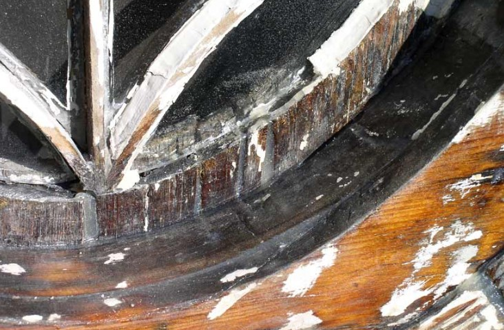 Epoxy resin seals old wood