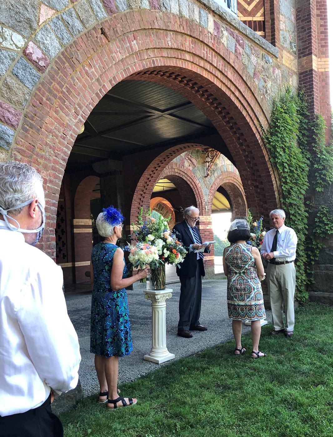 Micro-wedding at Eustis Estate