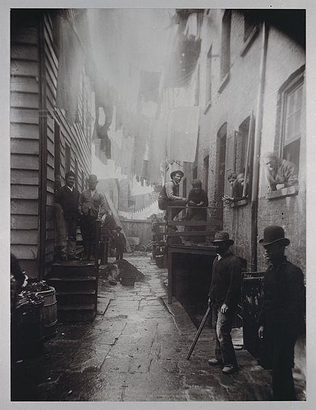 155583-461px-Bandits_Roost_by_Jacob_Riis