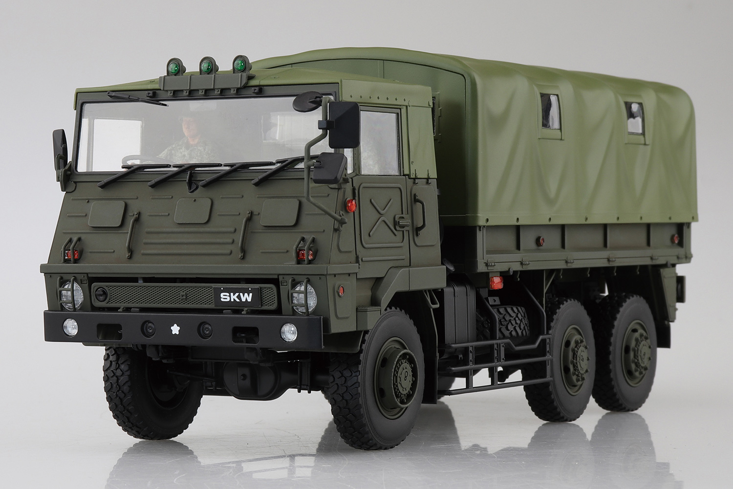 Aoshima 1/35 3.5T Truck(SKW-464)