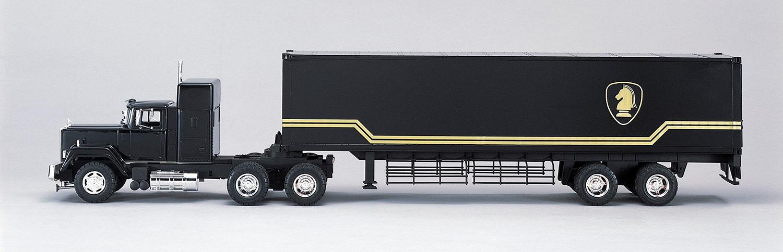 Aoshima 1/28 Knight Trailer Truck