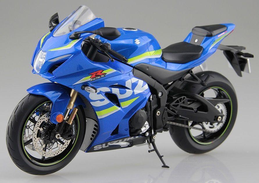 Aoshima 1/12 Suzuki GSX-R 1000R Motorcycle