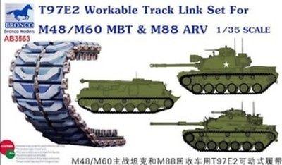 Bronco Models 1/35 T97E2 Workable Track Link Set For M48/M60 MBT & M88 ARV