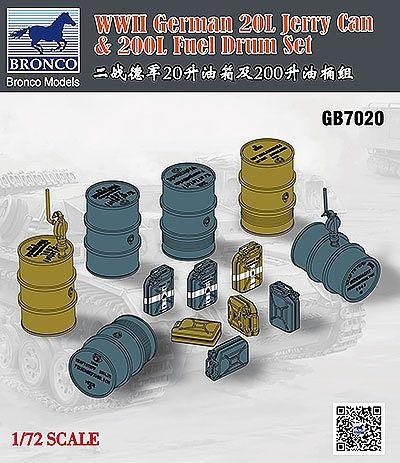 Bronco Models 1/72 WWII German 20L Jerry Can & 200L Fuel Drum Set