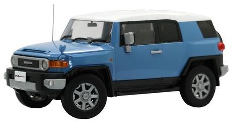 Fujimi 1/24 Toyota FJ Cruiser (Smoky Blue)