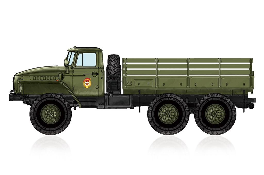 Hobby Boss 1/72 Russian URAL-4320 Truck