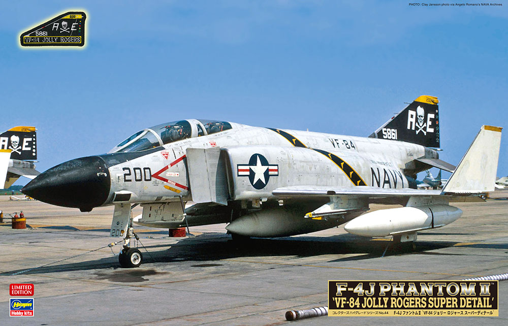 Hasegawa 1/48 F-4J VF-84 Jolly Rogers with Super Detail Parts & Badge