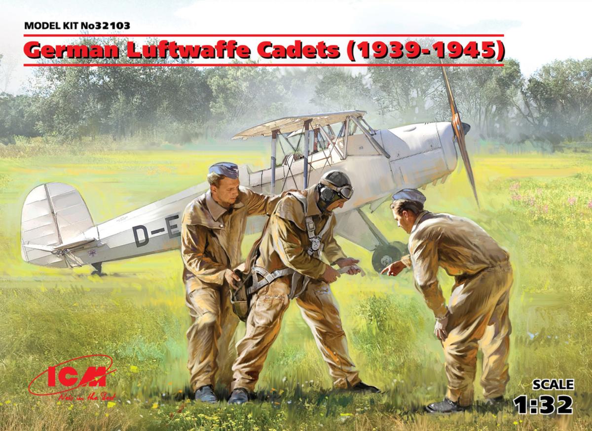 ICM German Luftwaffe Cadets (1939-1945) (3 figures)