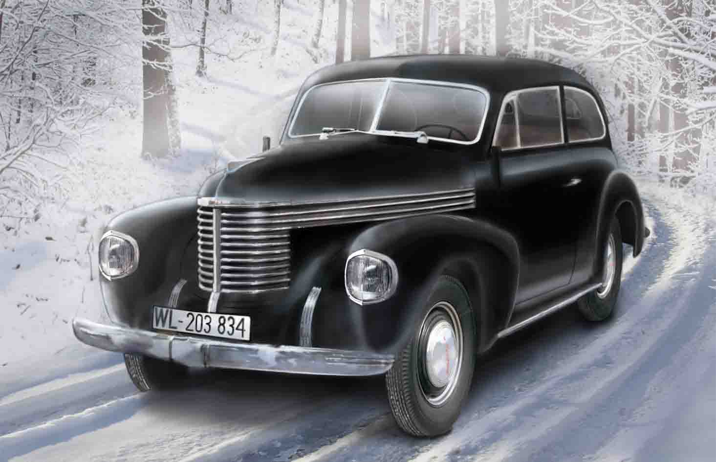ICM Kapitän 2-door Saloon, WWII German Staff Car