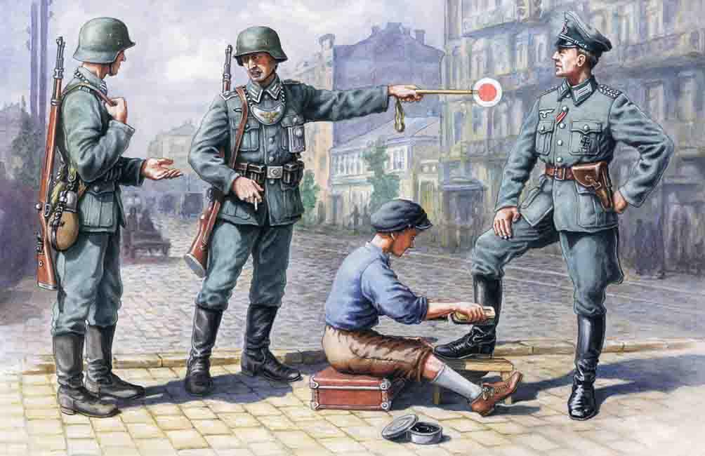 ICM German Patrol (1939-1942) (4 figures - 1 officer, 2 soldiers, 1 civilian)