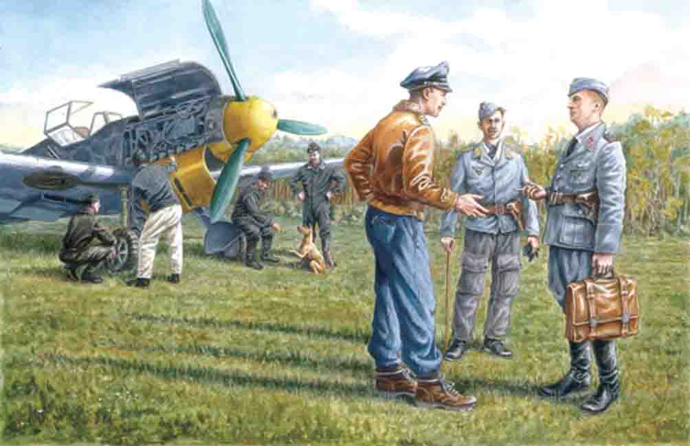 ICM German Luftwaffe Ground Personnel (1939-1945)  (7 figures -  staff officer, 2 pilots, 4 mechanics, and dog figure)