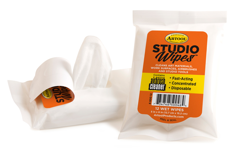 IWATA Studio Wipes 12 Count Pouch