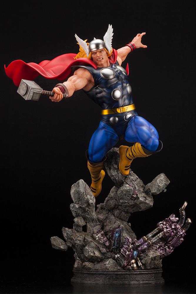 Kotobukiya 1/6 Marvel Universe Thor Avengers Fine Art Statue