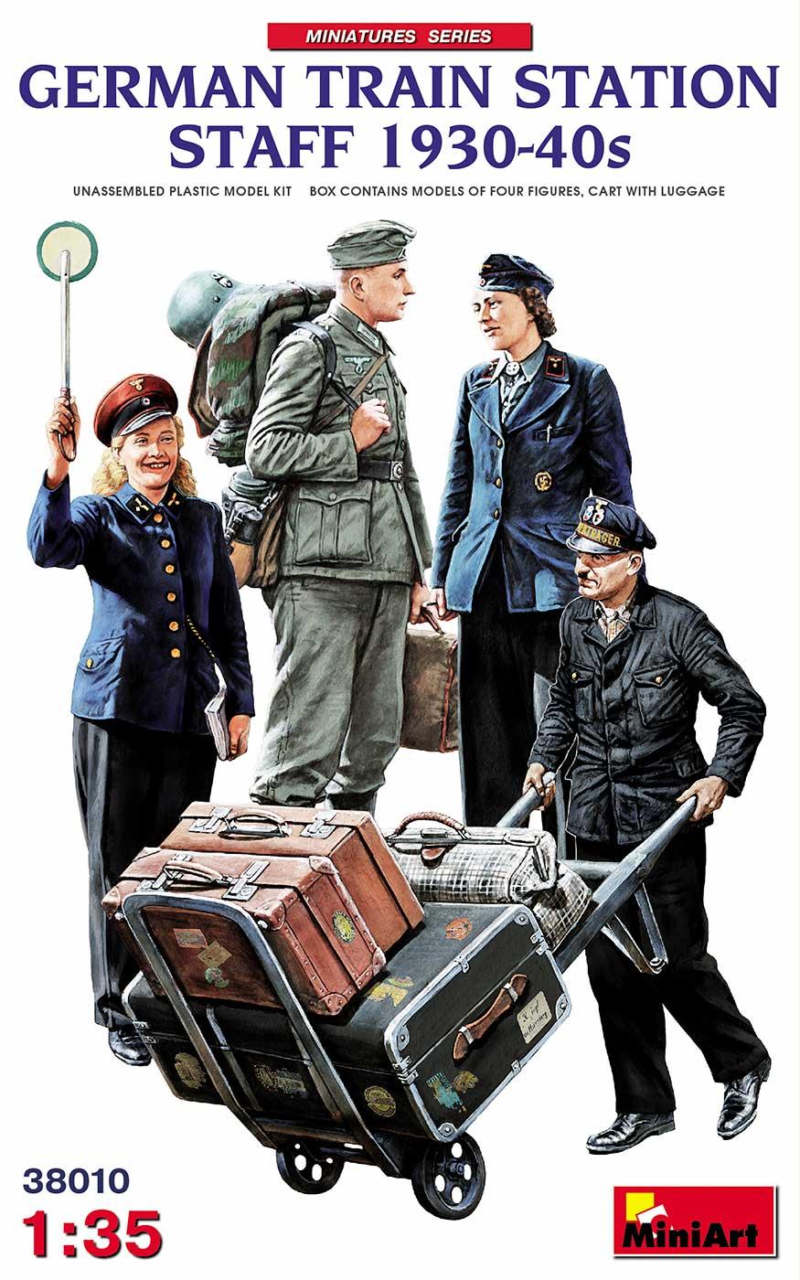 Miniart German Train Station Staff 1930 - 1940s (1/35)