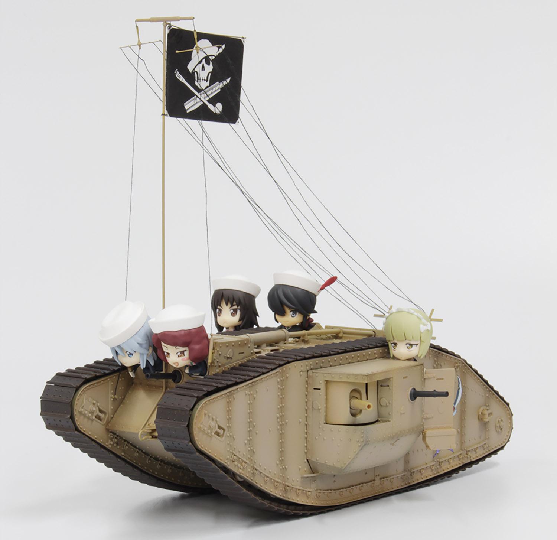 Platz 1/35 GIRLS und PANZER Mk.IV Team SAMESAN Tank with Mini Prepainted Figure Set