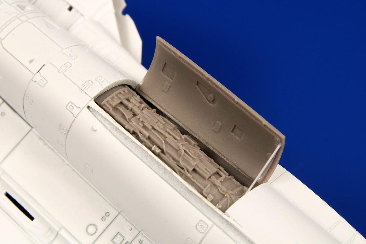 Special Hobby CMK 1/72 F-14A Tomcat Port Engine